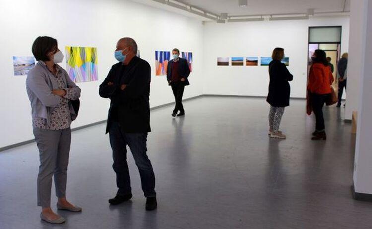 Gäste in der Ausstellung: Klick öffnet eine vergrößerte Ansicht