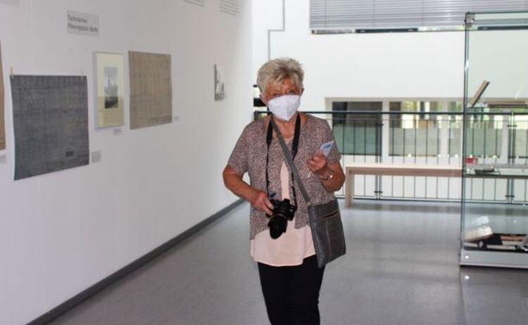 Erika Fischer im Auftrag der Waldkraiburger Nachrichten: Klick öffnet eine vergrößerte Ansicht