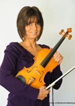 Portaitfoto der Musikschullehrerin Bene-Godany Beatrix