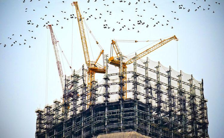 Building 768815 1280