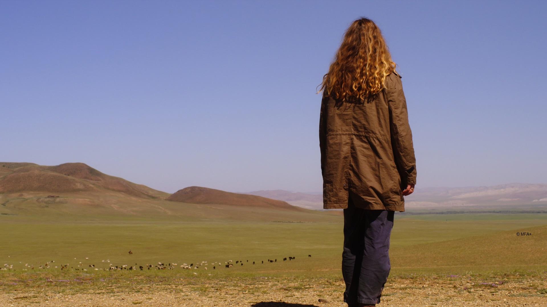 Frau in Mongolischer Steppe, Copyright: MFA