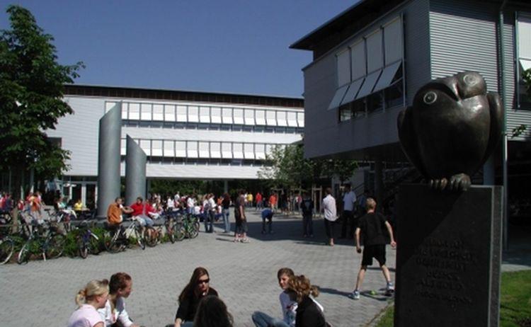 Gymnasium Th2 1