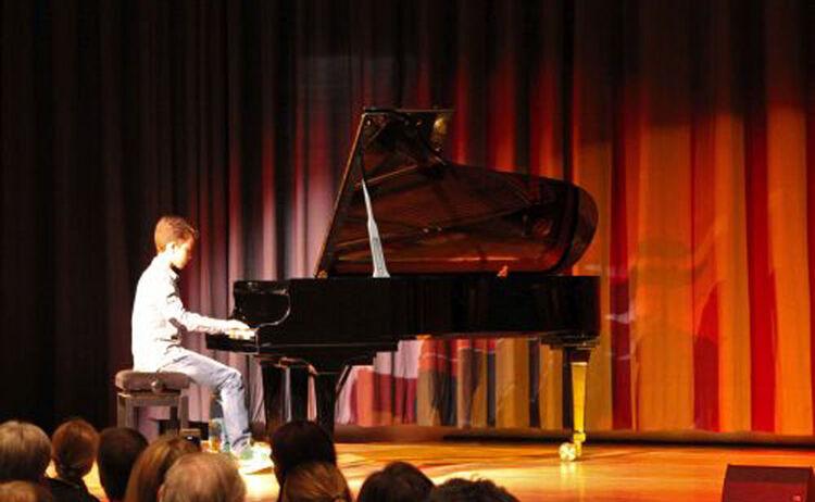 Klavierspieler Copy