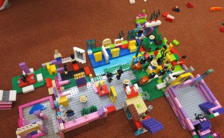 Lego Spielestunde