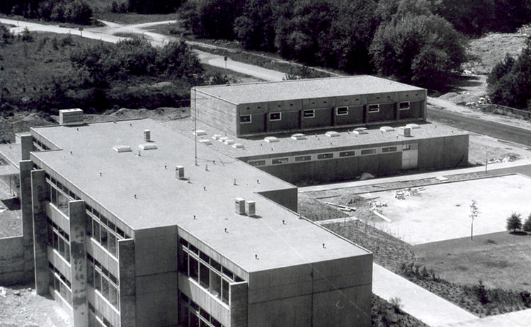Neubau Der Grundschule An Der Graslitzer Strasse 1970