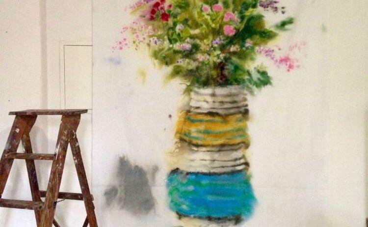 Undine Goldberg Schnappschuss Atelier Mit Feldblumenstrauss11